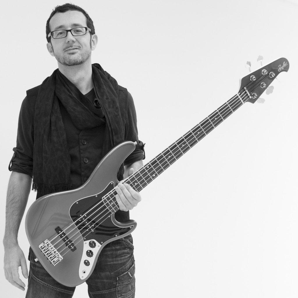 Bassunterricht Wien Patrick Zambonin